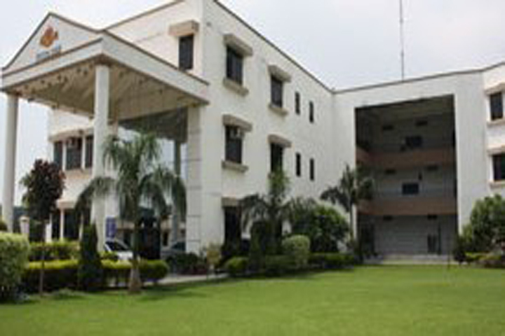 https://cache.careers360.mobi/media/colleges/social-media/media-gallery/6422/2018/11/20/Campus View of Kasturi Ram College of Higher Education Delhi_Campus-View.jpg